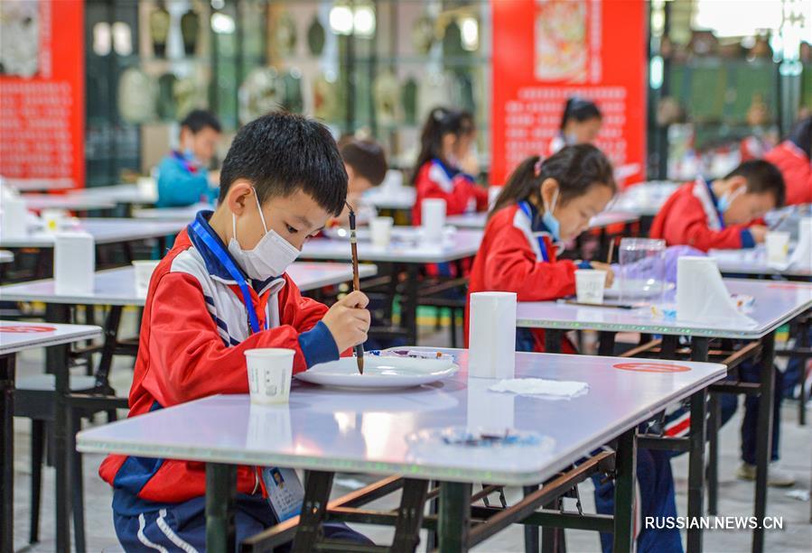 Конкурс юных гончаров в Ханьдане