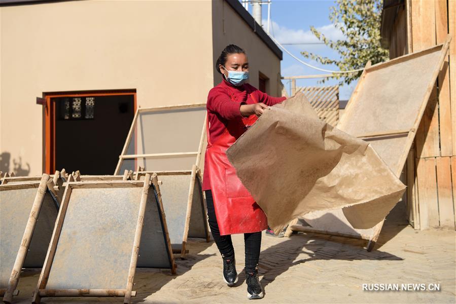 Производство тутовой бумаги по тысячелетней технологии