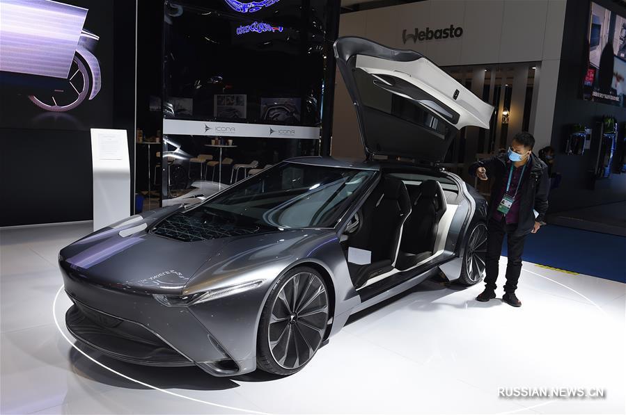 В Шанхае на третьем Китайском международном импортном ЭКСПО собрались семь ведущих автомобильных групп мира