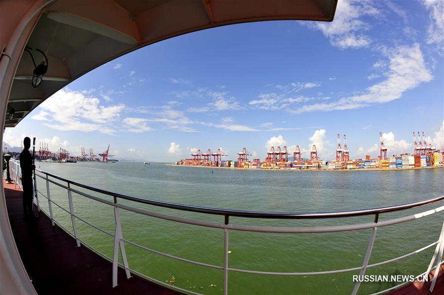 """Китайское научное судно """"Чжан Цзянь"""" прибыло в Шэньчжэнь"""
