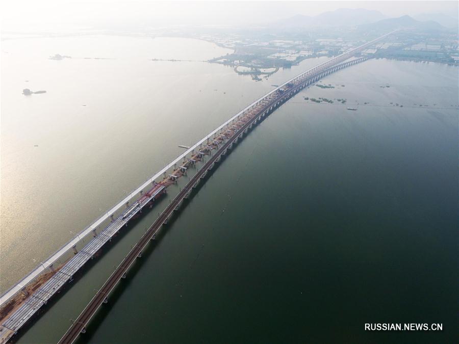 Три огромных моста свяжут берега озера