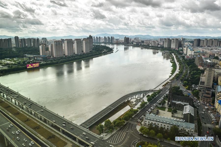 Благодаря восстановительным мероприятиям качество воды и экология на реке Сунхуацзян улучшились