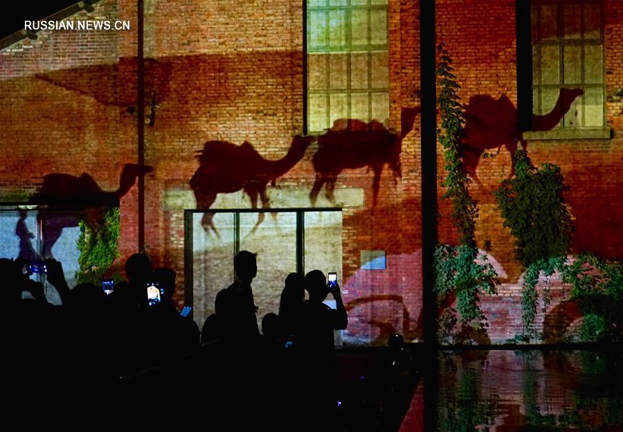 Трехмерное световое шоу в Цзиндэчжэне