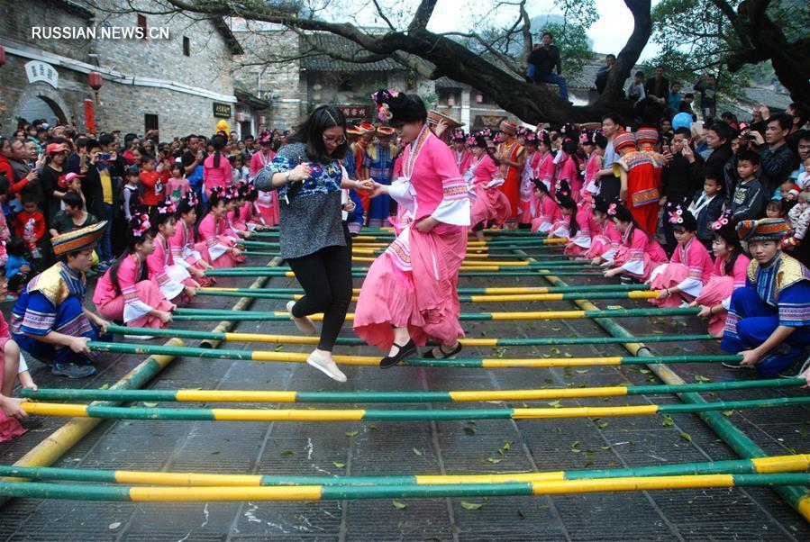 Все краски праздника Саньюэсань