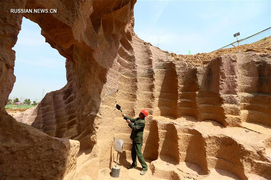 Древние жерновые каменоломни в Цзимо