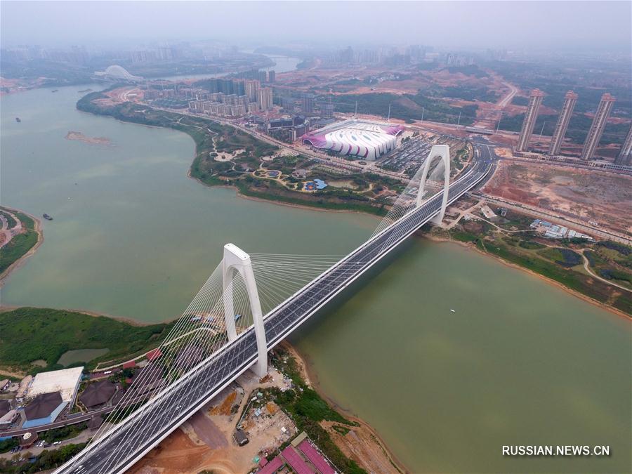 Открыто движение по мосту Циншань в Наньнине