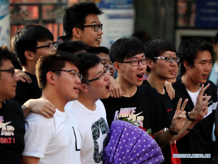 В некоторых регионах Китая завершились государственные экзамены