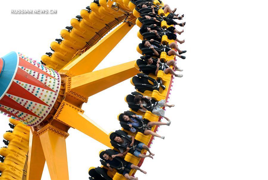 В Лючжоу открылся новый парк развлечений