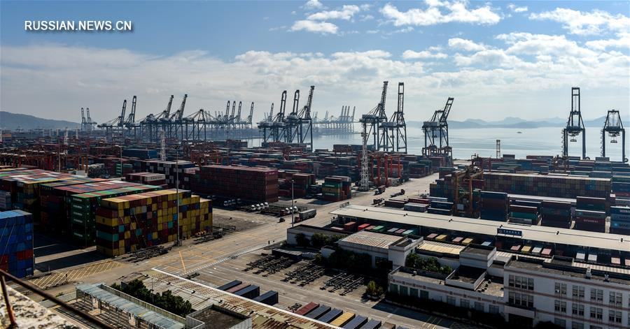 В 2017 году грузооборот порта Шэньчжэня превысил 25 млн TEU