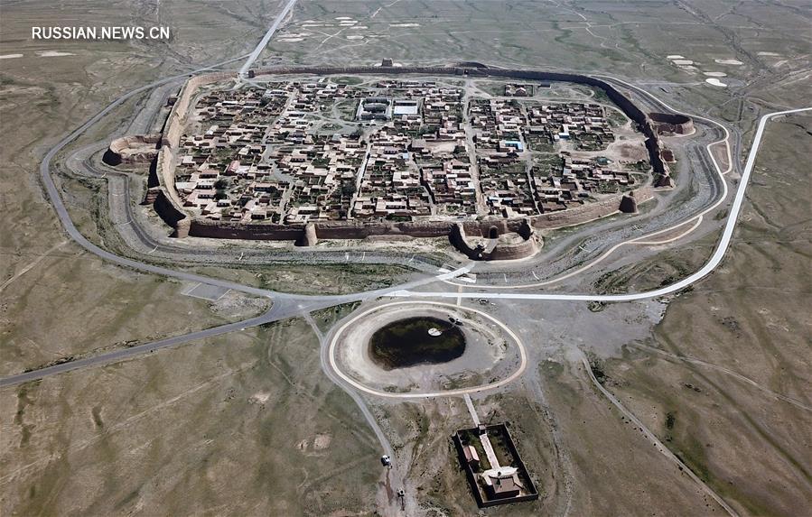 """Древняя крепость-""""черепаха"""" на северо-западе Китая"""