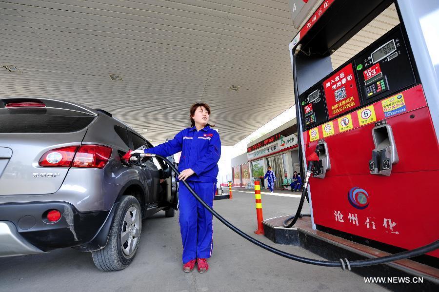 В Китае повышаются розничные цены на нефтепродукты