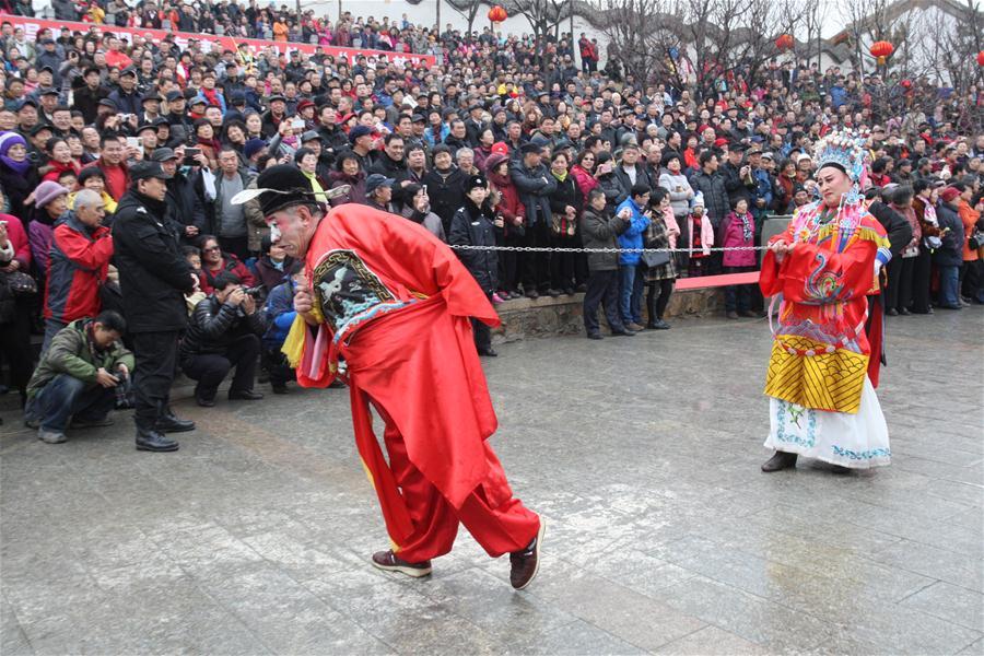 #(经济)(1)春节假期全国接待游客超3亿人次