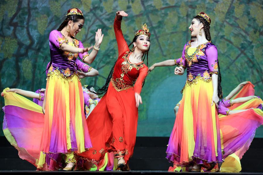 (XHDW)(1)歌舞剧《丝路上的中国梦·永远的麦西热甫》在哈萨克斯坦首演