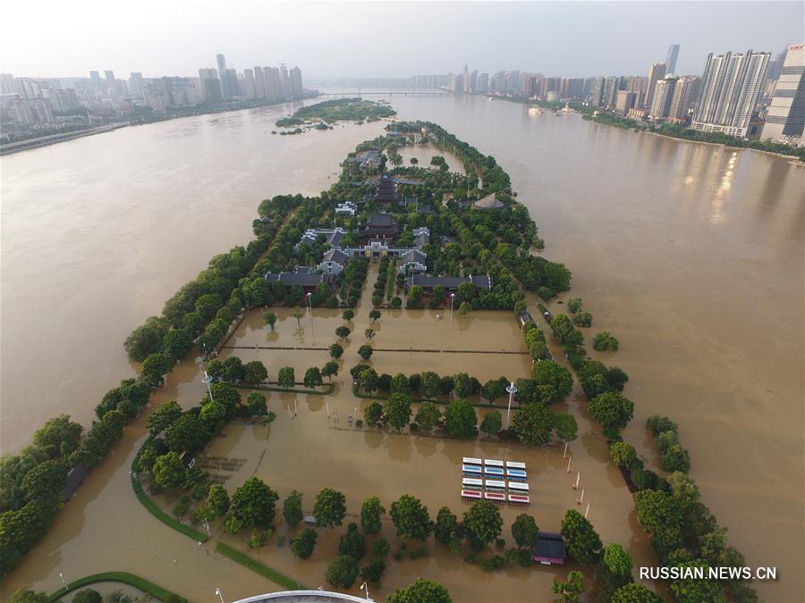Уровень воды в реке Сянцзян приблизился к самой высокой отметке за всю историю