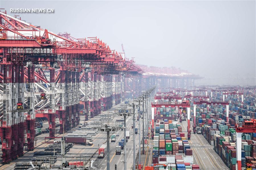 Шанхайский глубоководный порт Яншань