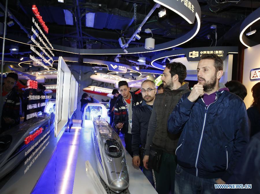 На ЭКСПО-2015 в Милане представлена китайская модель высокоскоростных поездов
