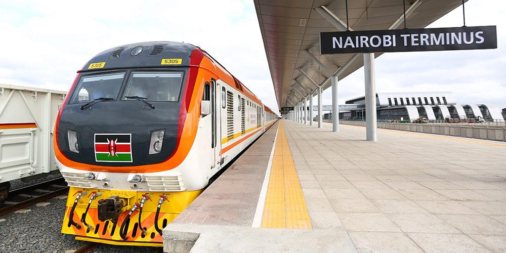 Китайская техника на кенийской железной дороге