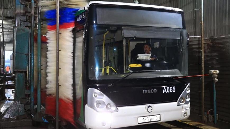 В общественном транспорте в столице Казахстана ведутся дезинфекционные работы