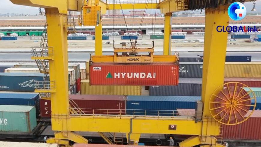 Новый маршрут грузоперевозок связал Китай и Центральную Азию
