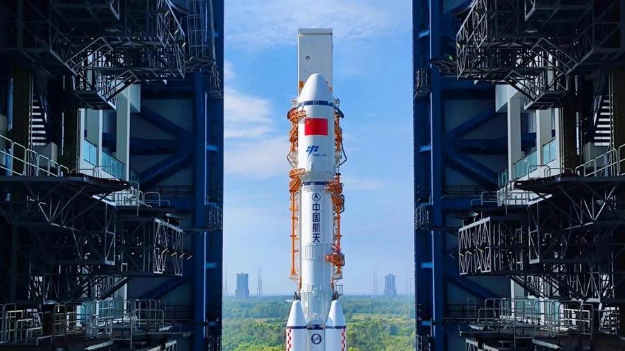 """Китай готовится к запуску грузового космического корабля """"Тяньчжоу-3"""""""