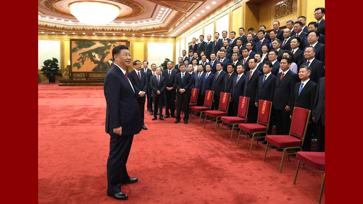 Си Цзиньпин встретился с выдающимися секретарями уездных парткомов