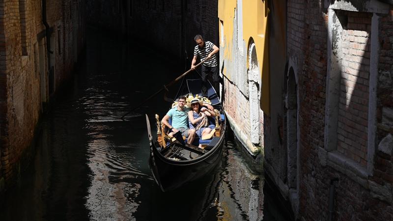 """Венецианские гондолы - дух """"города на воде"""""""