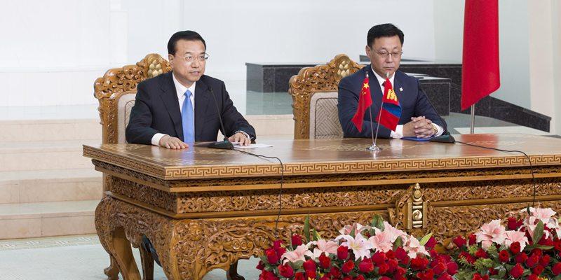 Главы правительств КНР и Монголии совместно встретились с журналистами