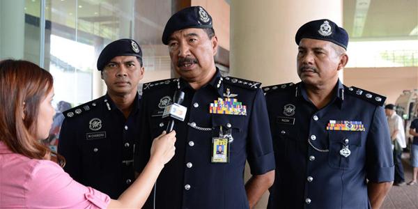 Малайзия пообещала усилить поиск пропавших при крушении туристического судна