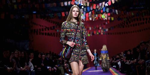 Показ коллекции бренда Etro на Неделе моды в Милане