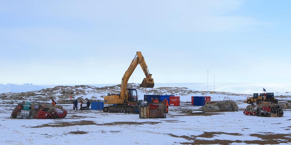 """Как изменилась антарктическая станция """"Чжуншань"""" за летние месяцы"""