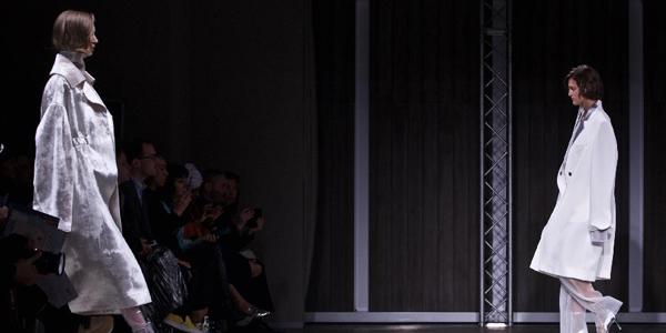 Показ коллекции китайского бренда RICOSTRU на Неделе моды в Милане
