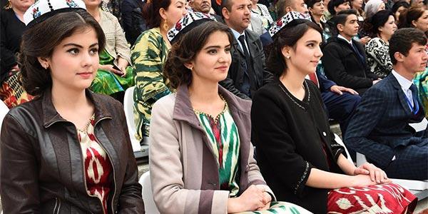 В Таджикистане отметили праздник Навруз