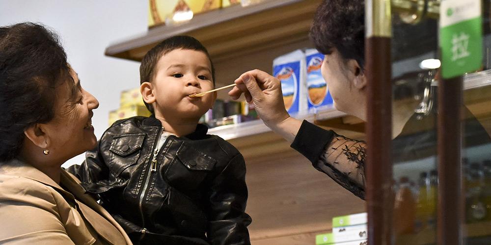 Импортные продукты на любой вкус в торговом центре Урумчи