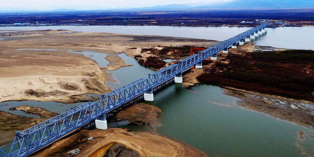 Ускоренными темпами идет строительство китайско-российского железнодорожного моста  Тунцзян - Нижнеленинское