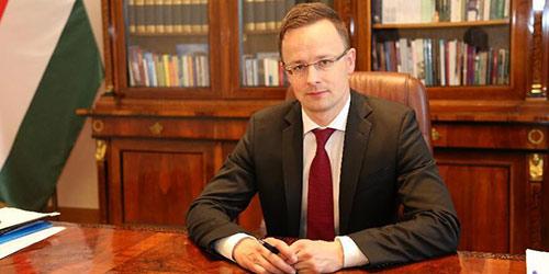 """""""Развитие Китая окажет сильное влияние на будущее развитие Европы"""" -- министр иностранных дел и внешнеэкономических связей Венгрии Петер Сийярто"""