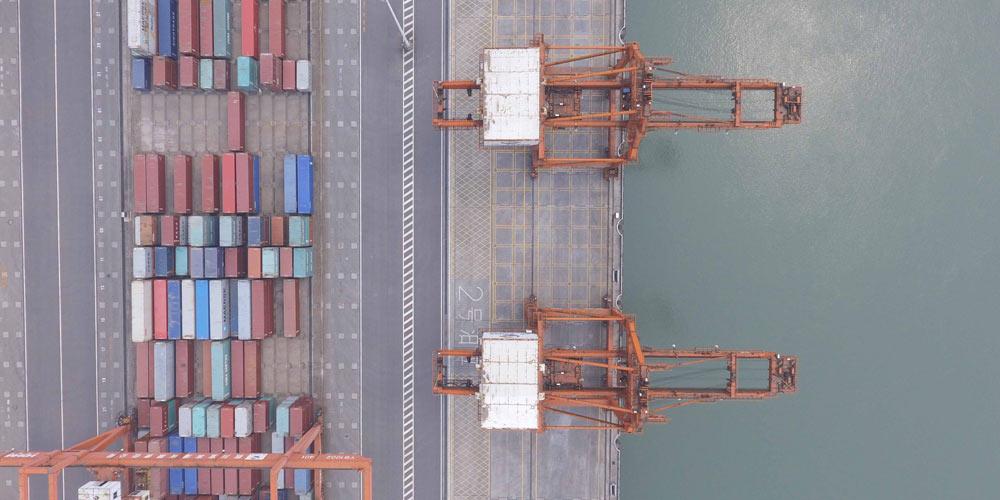 """Порт Ибинь -- стратегический пункт инициативы """"пояса и пути"""" в верховьях Янцзы"""