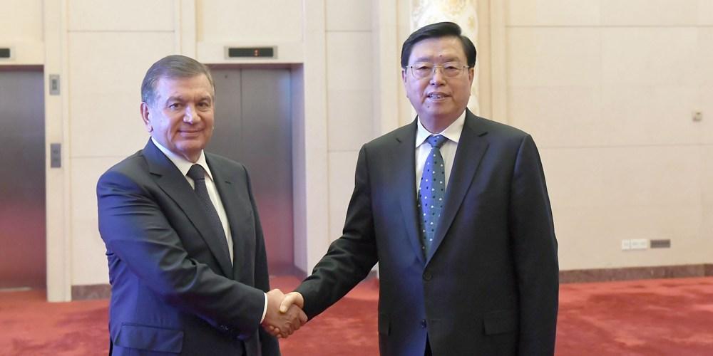 Китай и Узбекистан готовы к углублению обменов между законодательными органами
