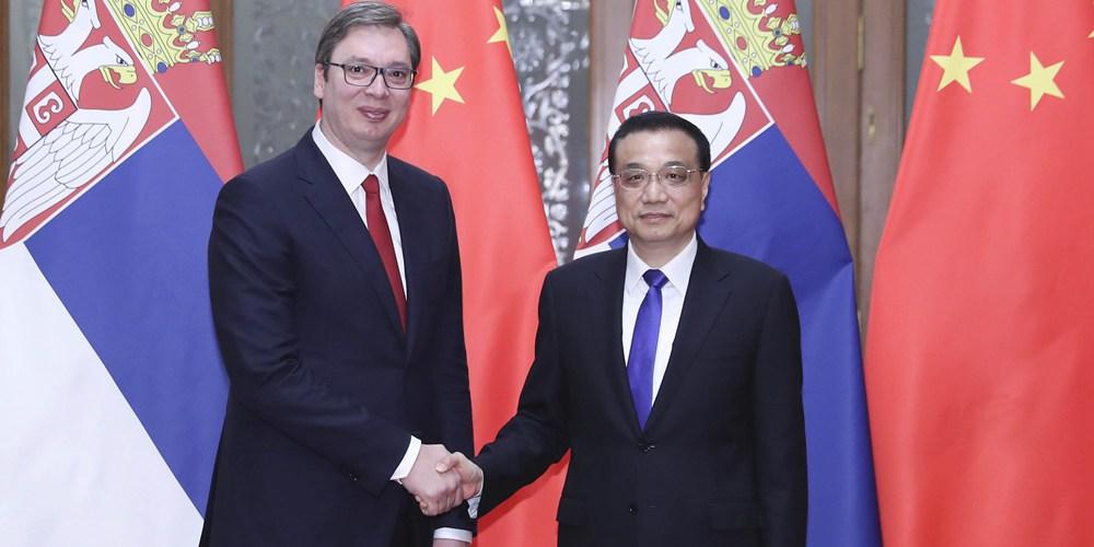 Ли Кэцян встретился с премьер-министром, избранным президентом Сербии А.Вучичем