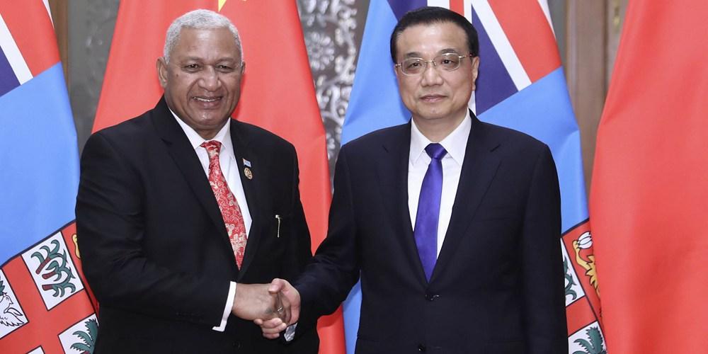 Ли Кэцян встретился с премьер-министром Фиджи