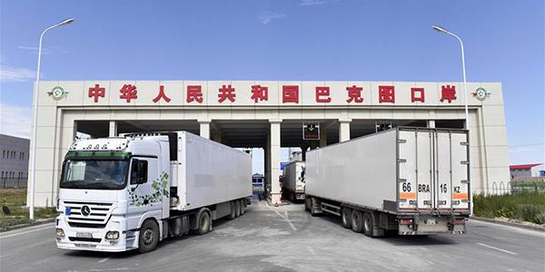 В первом полугодии 2017 г. экспорт фруктов и овощей через КПП Бакту составил около 30 тыс. тонн