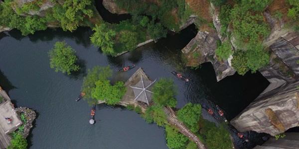 Летний отдых на озере Дунху