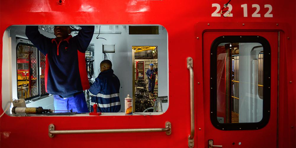 Китайские локомотивы покоряют железные дороги ЮАР