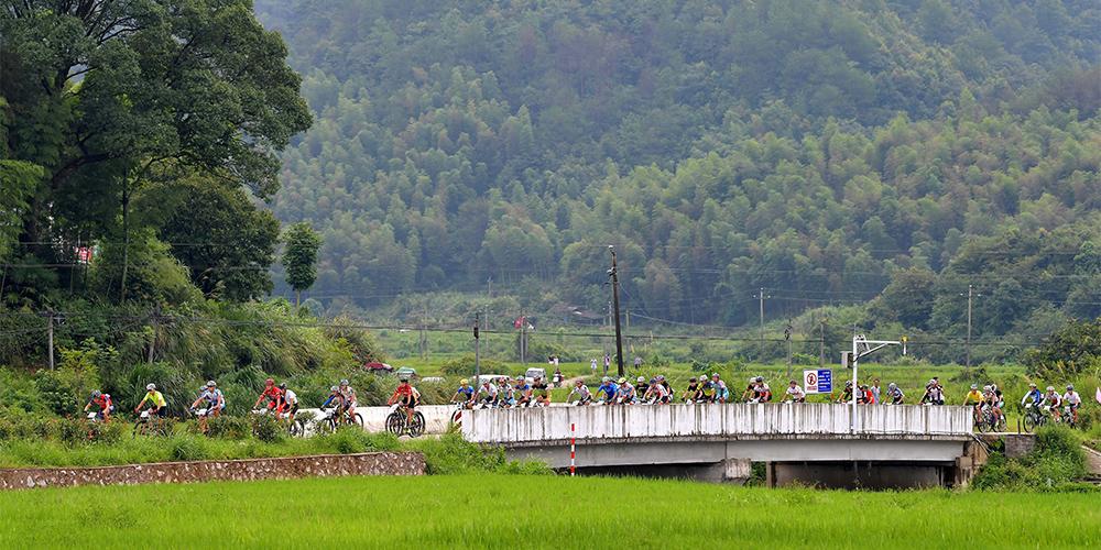 Велоспорт — Кросс-кантри через пик Сяояо — 2017 в уезде Уюань
