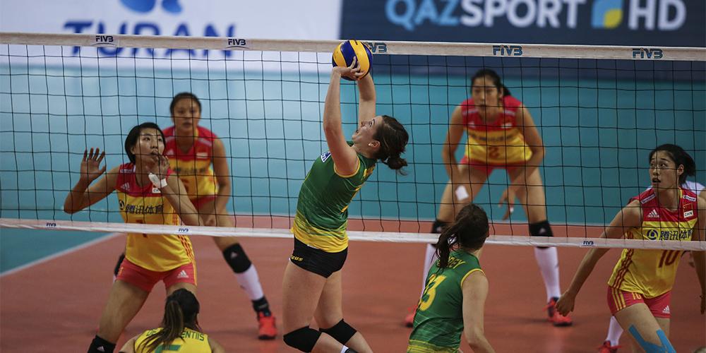 Волейбол -- Отборочный турнир к ЧМ-2018 среди женских команд: сборная Китая победила сборную Австралии