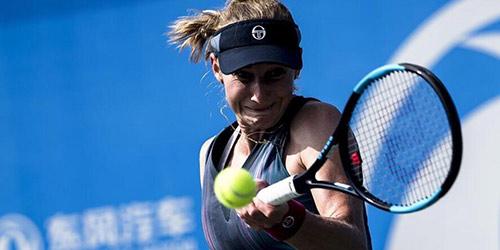 Е. Макарова вышла в третий круг Открытого чемпионата Уханя по теннису