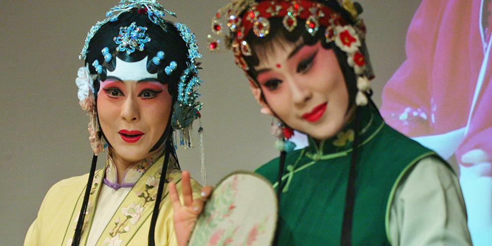 Артисты китайской оперы провели мастер-классы в Санкт-Петербурге