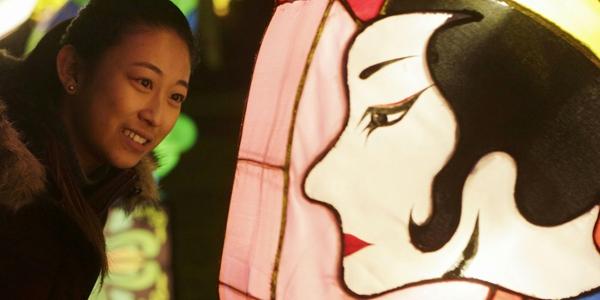В Ванкувере проходит фестиваль китайских фонарей