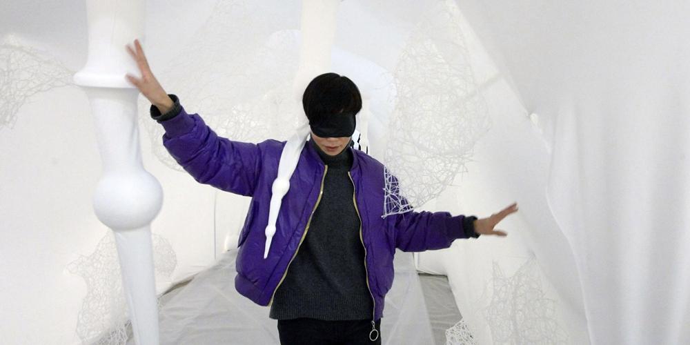 В Ханчжоу открылась выставка картин слепых