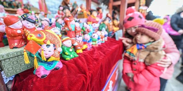 Храмовая ярмарка в Шэньяне по случаю праздника Весны