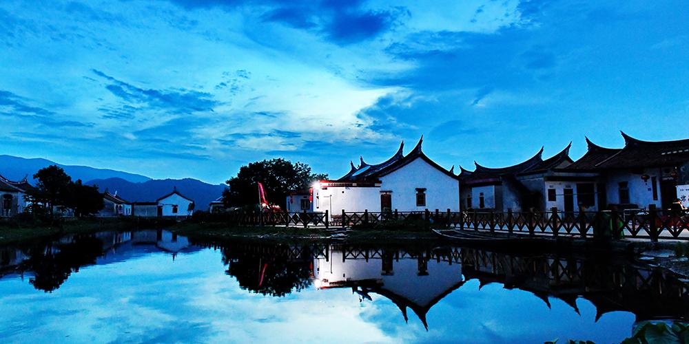 Карнавал культуры в древней деревне Даймэй на юге провинции Фуцзянь